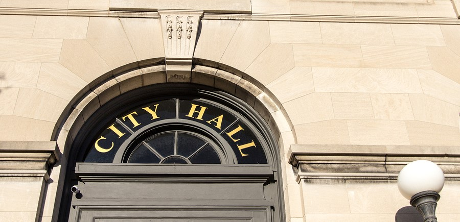Moving Local Government Applications to the Cloud